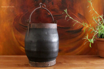 0007-VNT-vintage-rubber-coal-bucket