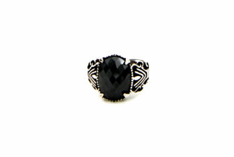 0011-hand-crafted-mens-ring-front