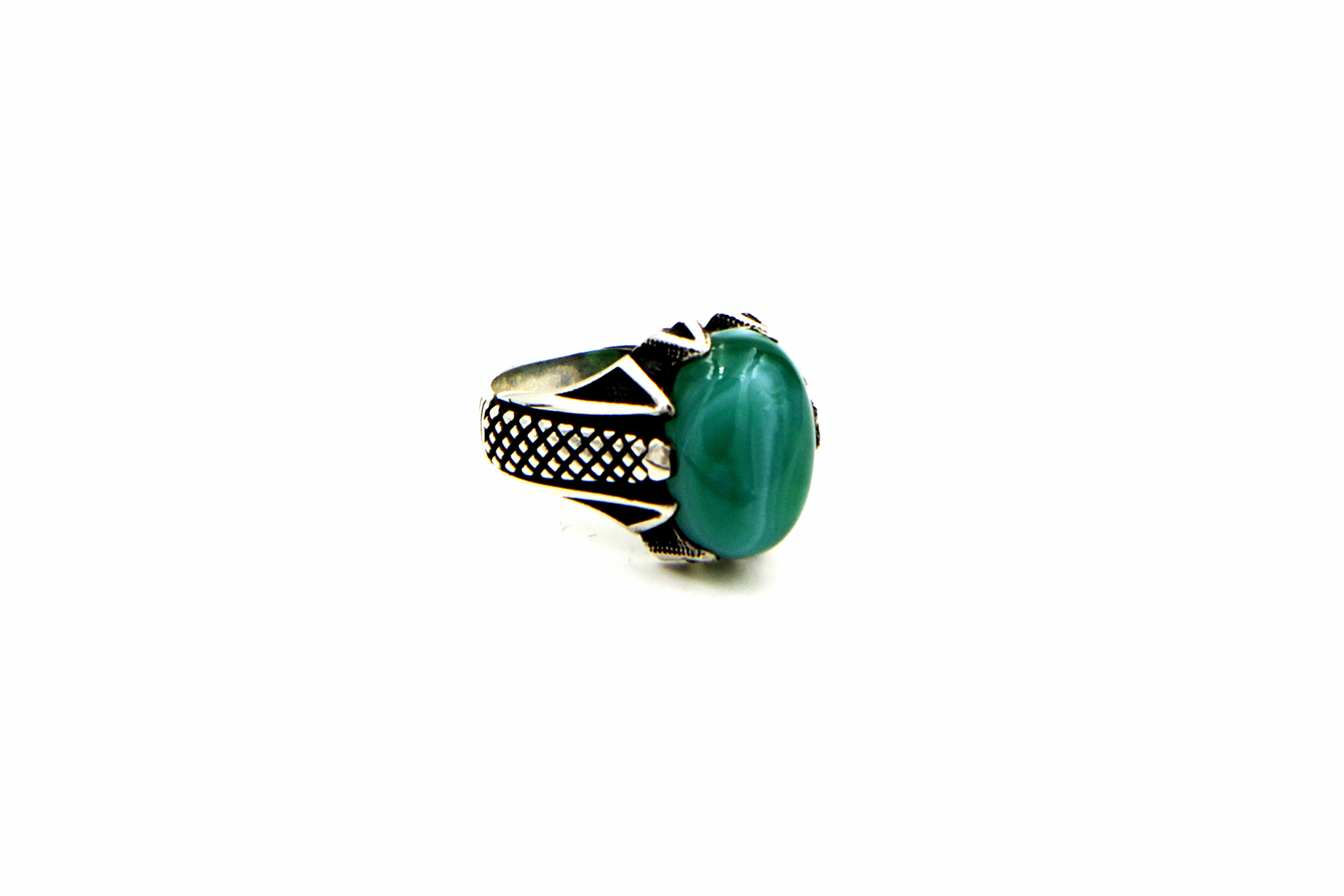 0013-hand-crafted-mens-ring