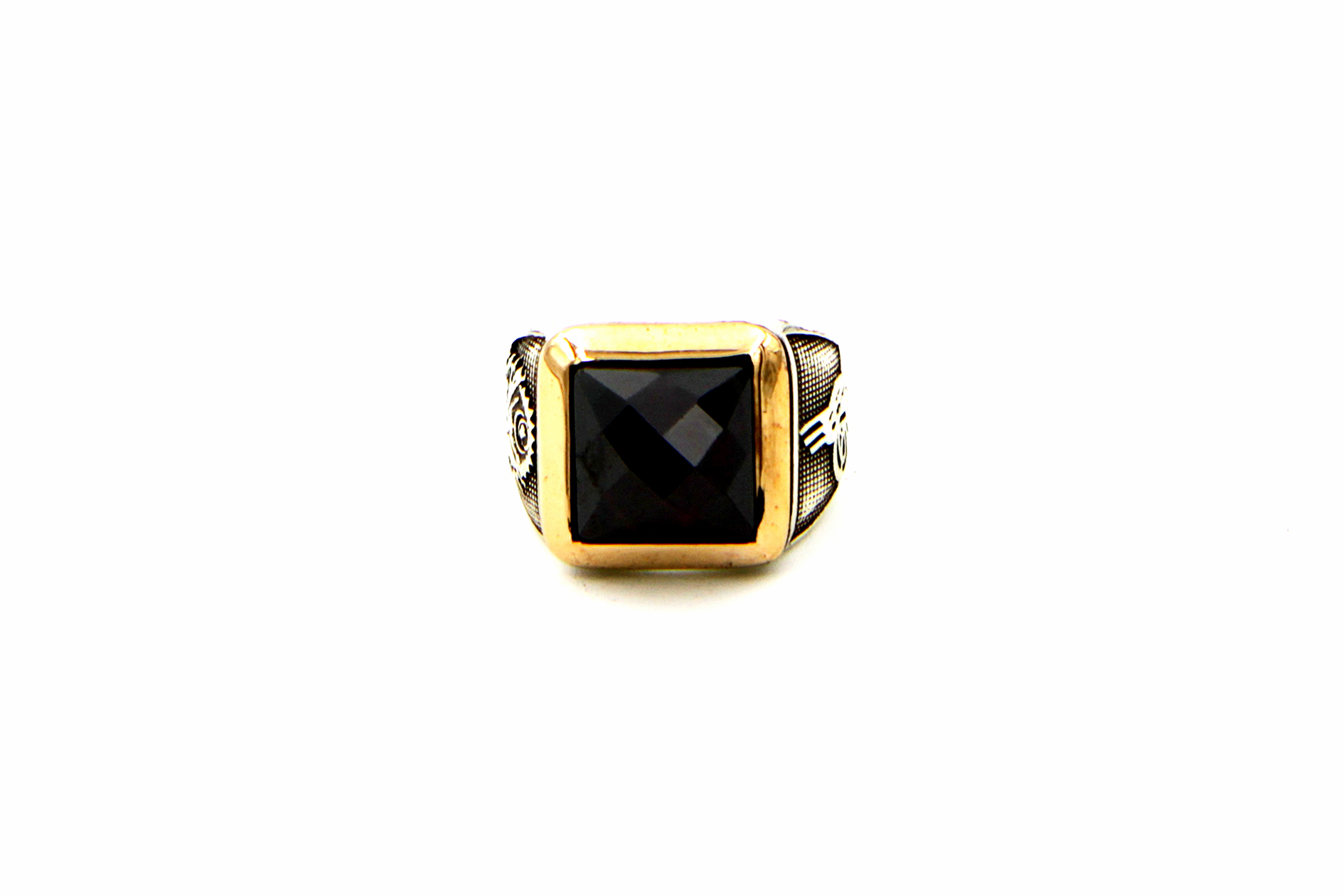 0024-hand-crafted-mens-ring-front