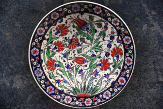 3008-hand-painted-iznik-plate-above